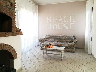 The beach house tra mare, centro e lago