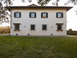 The perfect location for your holidays in Florence and Chianti