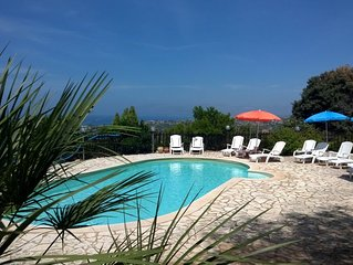 Residence con piscina vicino alla splendida spiaggia di Castellammare del Golfo