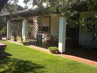Casa con giardino, cycas a 100mt. dal mare!