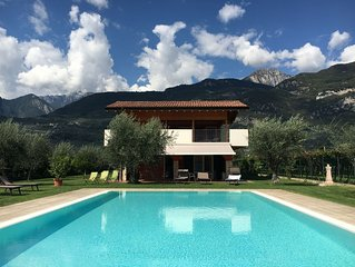 Appartamento in Agriturismo Maso Bergot con piscina esterna