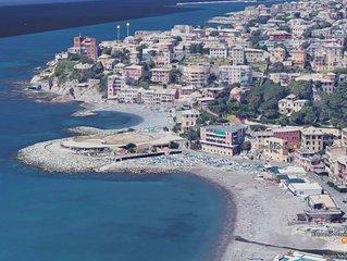 Casa Tritone, bomboniera a 50m dal mare, 400m  dal Gaslini, 10 min dal centro