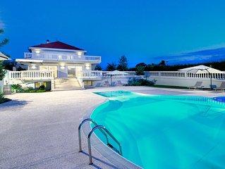 'Villa Adriana', location confortevole con parco e piscina