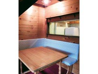 appartamento con soppalco e caminetto