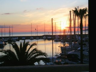 Magnifique appart 5 pers  Marina à 4 km  St Tropez 70 m2+terrasse vue imprenable