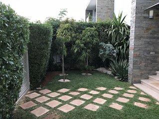 Villa moderne avec decoration raffinee et piscine privee VACANCES /DECOUVERTES