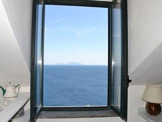 Casa  superpanoramica a Procida+terrazzo 50mq su Palazzo Storico