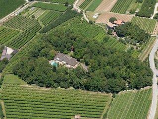 Residence Pratosaiano Orange/Green