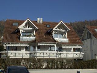 Ferienwohnung mit grosszugigem Balkon und Seeblick