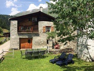 Ferienhaus sonnig und rustikal, 2-8 P, in Val Poschiavo, nahe Engadin