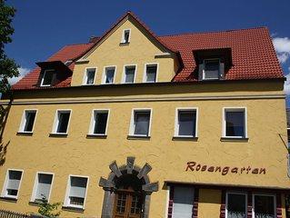 R2 Zentrumsnah Bayreuth, Balkon,Wifi- Parken-Frei, Ruhige Lage,  Helle Zimmer