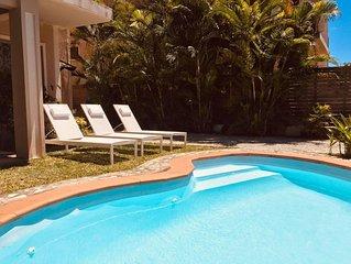 Großes privates Ferienhaus / Pool privat / Strandnähe