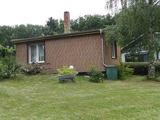 Kleines Ferienhaus am Waldrand mit Blick auf die Teufelsmauer