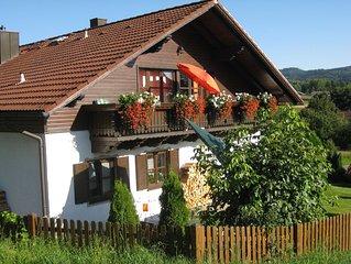 Komfort 'Wohlfühl-Ferienwohnung' mit Balkon, familienfreundlich, Perlsee,