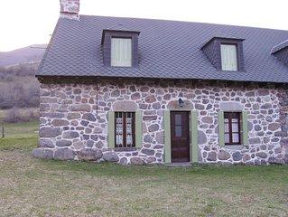 Maison de campagne typique au coeur du Parc Naturel des Volcans d'Auvergne