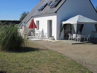Loctudy : Maison a 800 metres de la plage, au calme avec grand espace clos.