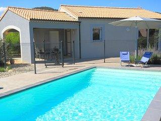 Superbe Villa 4 personnes, piscine privative, climatisation, TBéquipement, calme