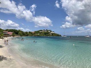 T4 refait a neuf avec jardin prive aux Trois Ilets, 200m plage, vue mer