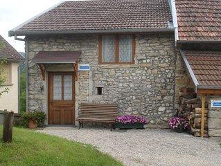 Location gîte Maison en pierre Bugey hameau Onglas Benonces