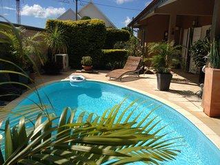 Belle Villa bien equipee et meublee pour 5 a 6 personnes avec piscine