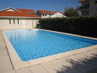 Appartement 4-5p   front de mer avec piscine et parking dans résidence sécurisée