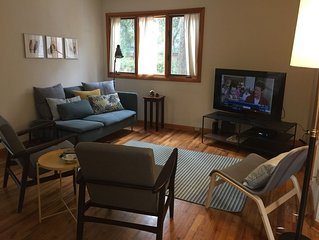 Clean And Roomy Contemporary House, 3  Blocks To Auburn University