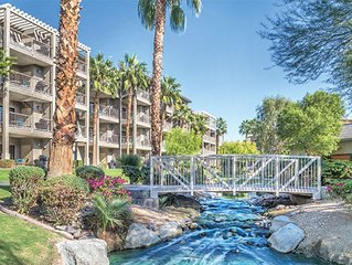 Wyndham Indio 1 Bedroom Condo, Full Kitchen