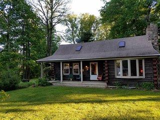 3-Bedroom Bucks County Carpenter's Retreat with Contemporary Flair