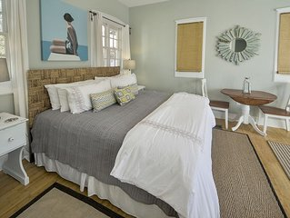 Studio Sleeps 4, Quick Walk to Pool and Beach