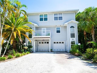 Island Retreat, Holmes Beach- Inviting and peaceful 2br 2 1/2 bath condo
