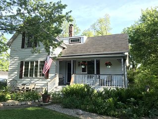 Simplify and relax in a historic town near Indiana Dunes