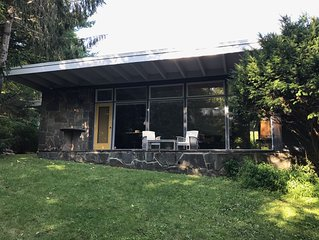 Mid-Century Gem with Heated Pool 1 Mile from Town