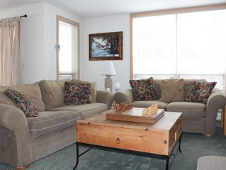 Adorable Cozy Condo- ski-in/ski-out at Seasons on Mt. Snow