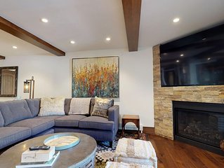 Luxury Modern 5 bedroom in the heart of Vail Village steps from Gondola1