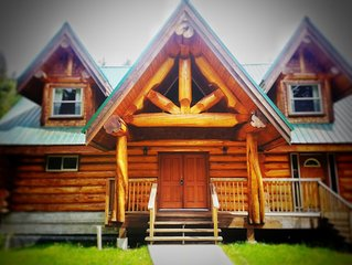 Large Private Suite In BC Log Home With Private Entrance And Parking.