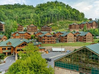 FOURTH OF JULY 2020 week at Luxury Smoky Mtn. Resort - FREE WATERPARK 6/28 - 7/5