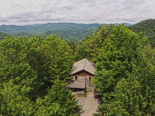 Picturesque 16 acre Wooded Mountain Property with a Spacious Lodge & 2 Cabins