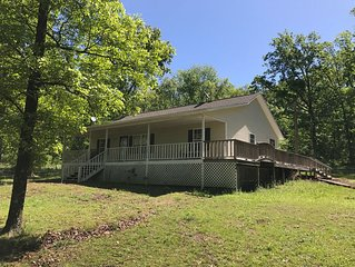 Family-friendly home, One Mile to Boat Launch and Hill Creek Marina