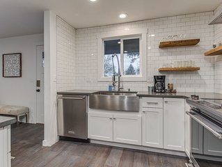 Modern pet friendly 'farmhouse' nestled at the cusp of the Boise foothills!