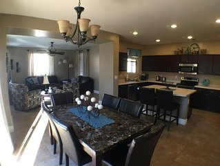 Beautiful Gilbert power ranch family friendly home