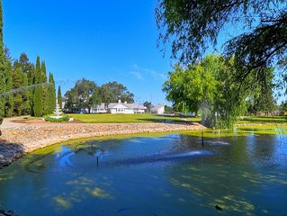 BEAUTIFUL COUNTRY COTTAGE GET-AWAY ! PRIVATE POND W/ FISH & GATED POOL !