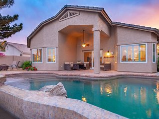 Charming Lakefront Property in Chandler w Pool