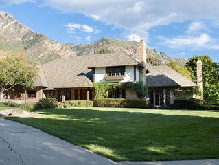Beautiful Family-Style Estate with Mountain Views