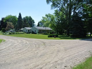 Charming cottage by Lexington, MI with lake view & private beach access, w/air!