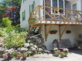 The Gallery Apartment in quaint Damariscott, Maine for stays of 2 or more nights