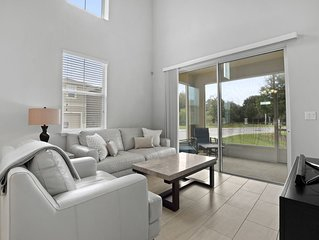 Luxury Town Home In The Heart Of Brandon