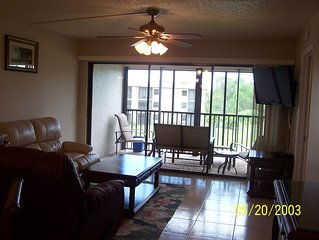 Condo Close to Cultural Center, Golf