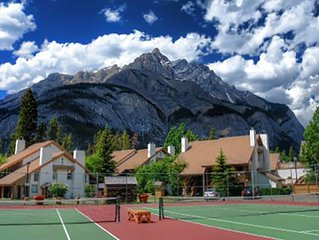 1 week (August 2 to Aug 9, 2019) in Banff National Park. 2 bedrooms, 2 bath