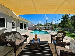 Sleeps 10, pool,  quiet neighborhood, beaches, shopping, restaurants, IMG close