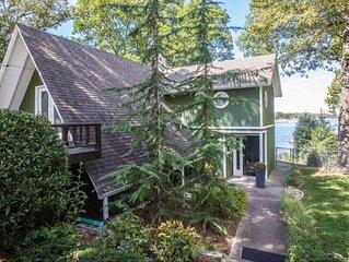 Beautiful and Cozy Grand Lake House on Monkey Island